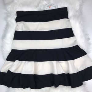 Spense Striped Black Beige Trumpet Skirt Small